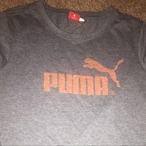 Puma T-shirt (medium)